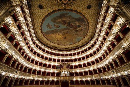 Teatro_San_Carlo_large_view.jpg